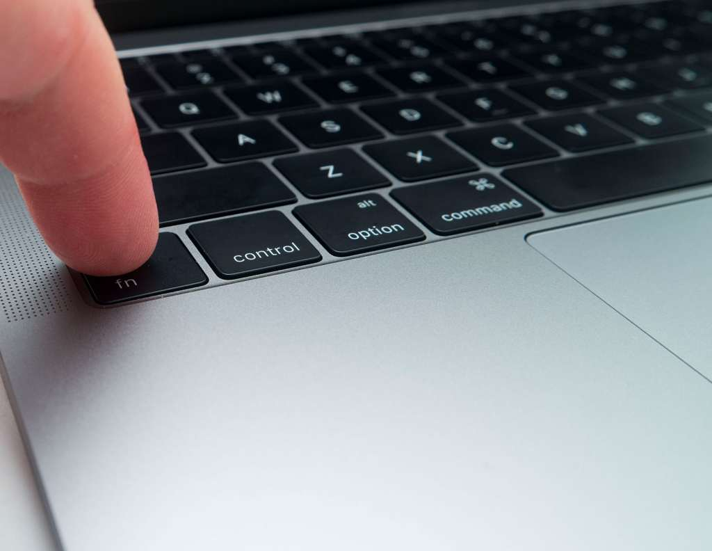 macbook-pro-entery-level-2016-12
