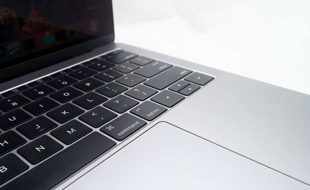 macbook-pro-entery-level-2016-13