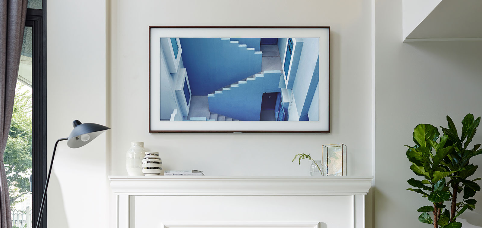 samsung turns the tv to art with the frame pickr